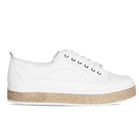 Flawless Walk Sneaker Juna White