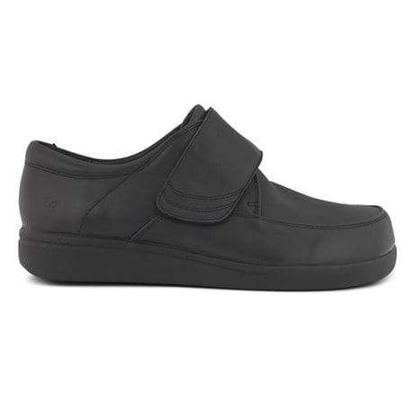 sneakers för breda fötter