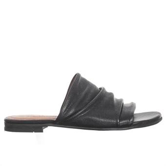 Sandaler utan hälrem hos Minfot.se
