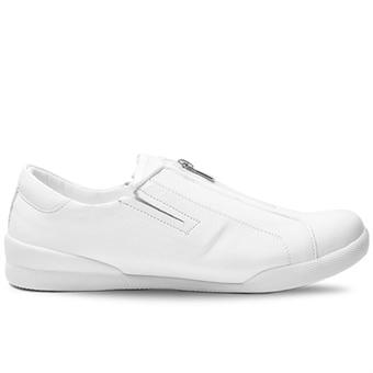 fotriktiga-sneakers-charlotte-of-sweden-8875755.jpg c70b517c63099