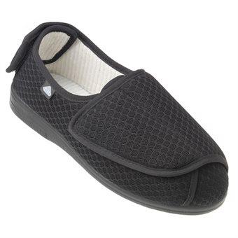 skor för extra breda fötter